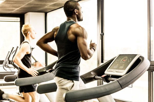 6 Treadmill Workouts That Will Effectively Burn Fat - Gym ...